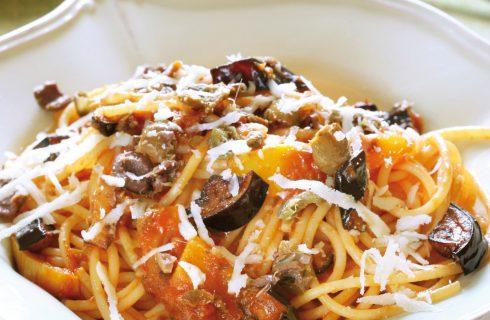 Spaghetti alla siracusana melanzane, peperoni e ricotta al bimby