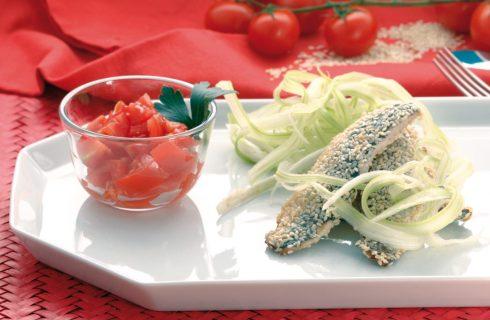 Sarde al sesamo su salsa  di marsala e riccioli di sedano