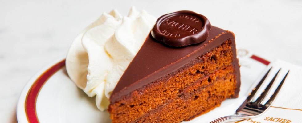 Sachertorte: la storia della torta al cioccolato più famosa del mondo