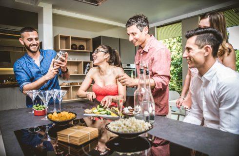 #restateacasa: i bar che fanno delivery di cocktail