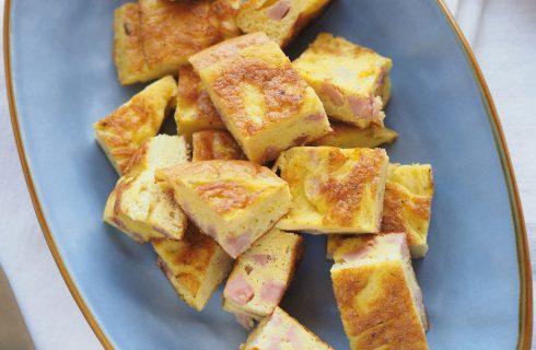 Torta di uova cotta al Varoma con prosciutto cotto e formaggio: al bimby