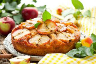 Torta rovesciata alle mele senza burro