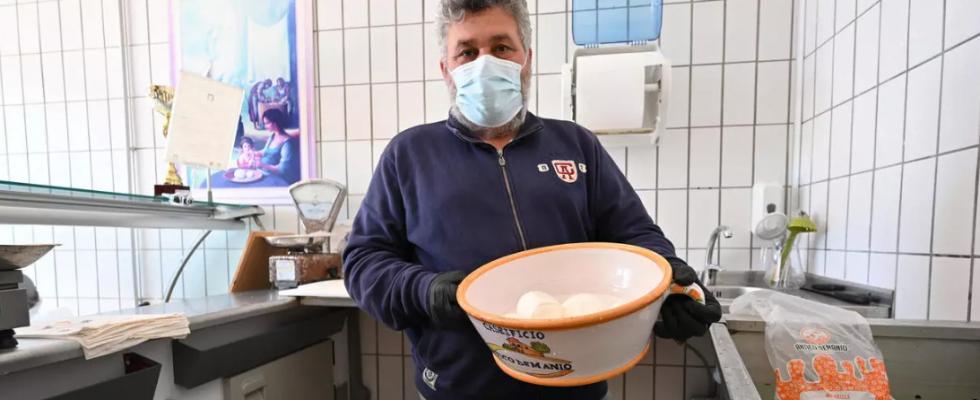 Mangiare patriottico per aiutare lo Stato: lo chiedono Francia, Uk e anche Italia