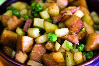 Seitan con patate e piselli