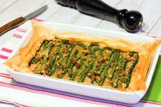 Sfogliata asparagi e noci