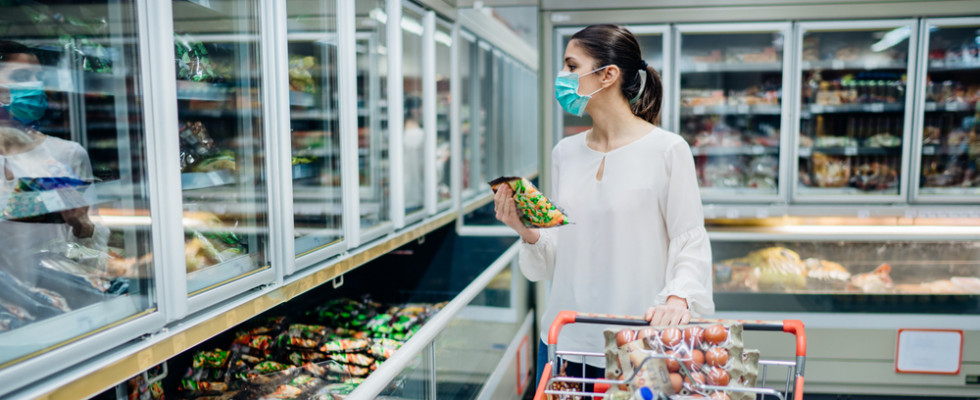 Perché è necessario indossare la mascherina al supermercato