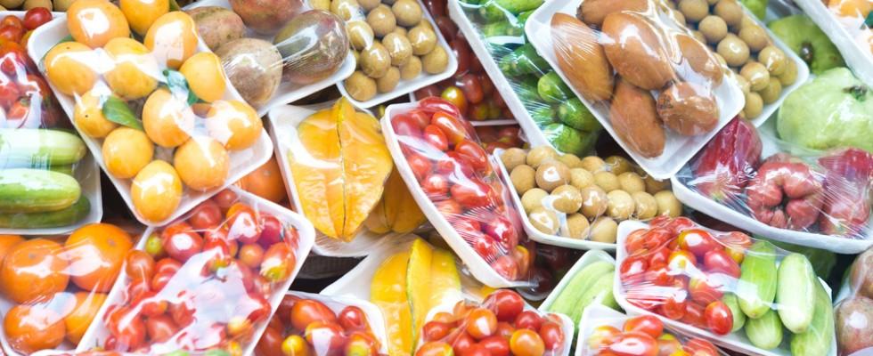 Coronavirus: ora consumiamo più plastica