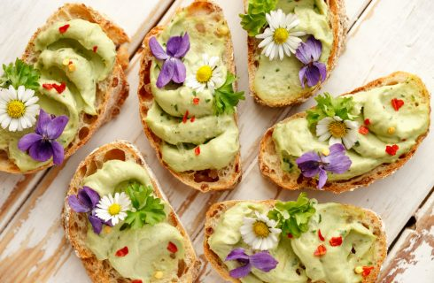 Festa della Mamma: un menu floreale dall'antipasto al dolce