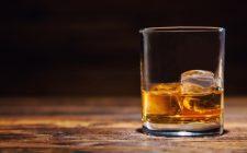 Liquori e distillati soffrono la crisi