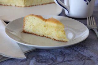 Torta nua con crema pasticcera al bimby