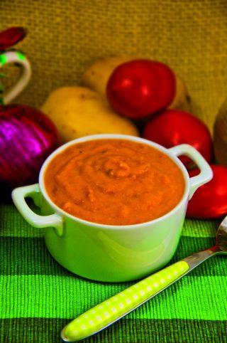 Zuppa di pomodoro e patate