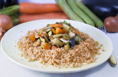 Cous cous con verdure e curry all'aroma d'Asia