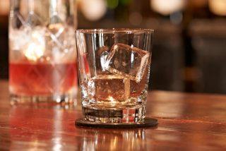 Il ghiaccio per i cocktail non è tutto uguale: parola di bartender