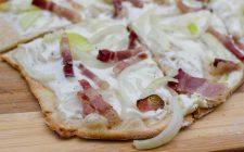 Flammkuchen: la pizza croccante alsaziana