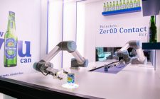 Heineken lancia il robot bar zero contatto