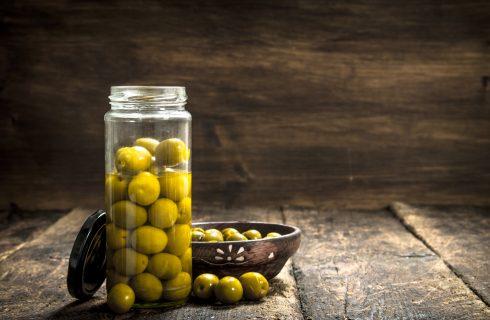Olive in salamoia: ecco come si fanno