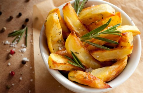 Patate croccanti al forno: la ricetta infallibile