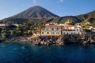 Salina: 8 hotel per una fuga a settembre nell'isola verde