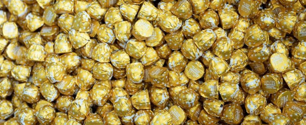 Il Bacio Perugina diventa d'oro (e si riempie di caramello salato)