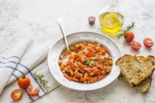 Fagioli in umido: aggiungete i peperoni