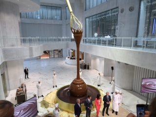 La fontana di cioccolato più grande del mondo è di Lindt