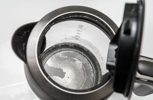 3 metodi infallibili per togliere il calcare ostinato dal bollitore