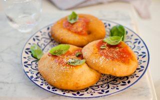 Montanara fritta, come si fa a Napoli