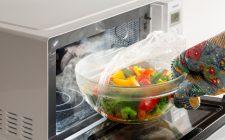 Cuocere bene le verdure? Usa il microonde