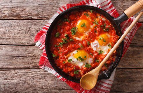 Uova col pomodoro, semplici e gustose