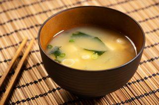 11 modi squisiti per usare le alghe anche nella tua cucina