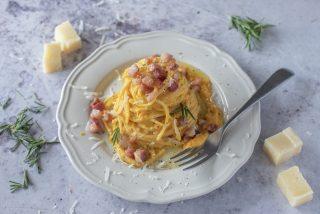 Pasta con carote e pancetta: la chiamano l'alfierina