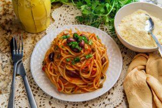 Pasta olive e capperi: facilissima