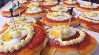 Pizza Rossini, l'orgoglio di Pesaro con uova sode e maionese