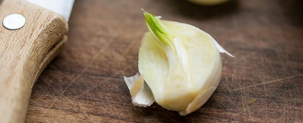 È vero che togliendo l'anima verde, l'aglio è più digeribile?