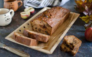 Apple bread con robiola e cioccolato