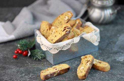 Biscotti al panettone: friabili e croccanti