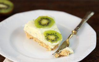 Cheesecake ai kiwi, senza cottura