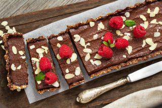 Torta vegana nocciole e cioccolato