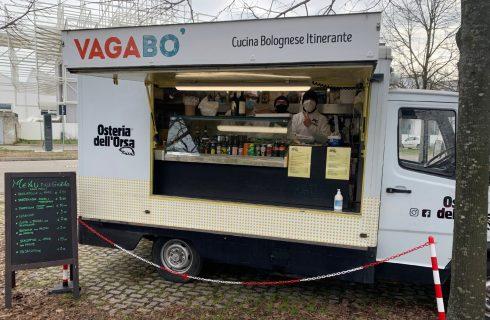 A Bologna i ristoratori trovano modi creativi per lavorare