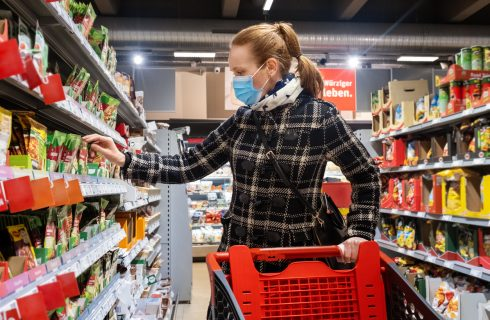 Come fare la spesa e altre casalinghitudini