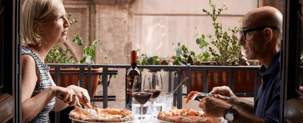 Stanley Tucci gira l'Italia nella nuova serie Searching for Italy