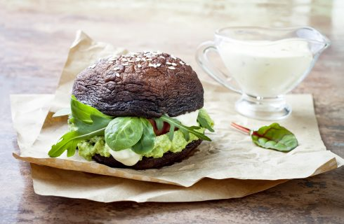 Hamburger con funghi: un panino diverso dal solito