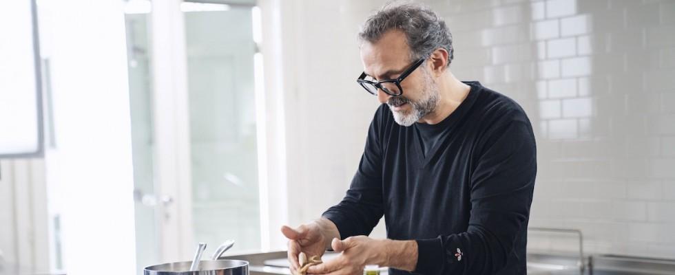 Massimo Bottura inaugura il suo e-shop