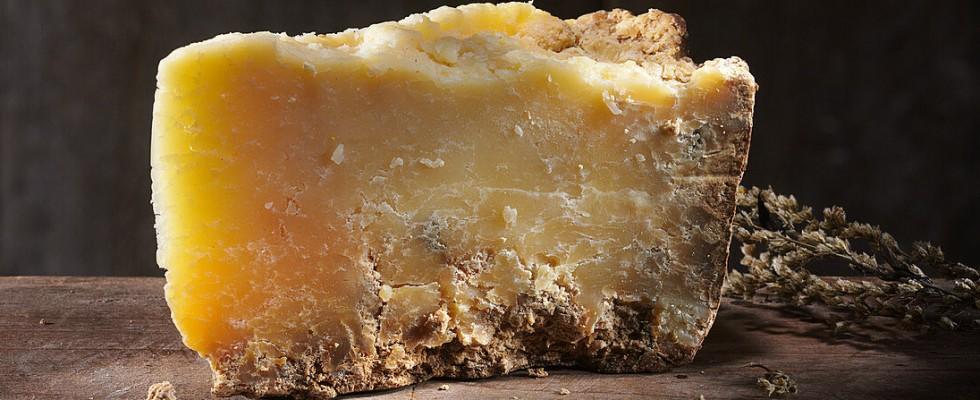 Cosa significa formaggio a latte crudo?