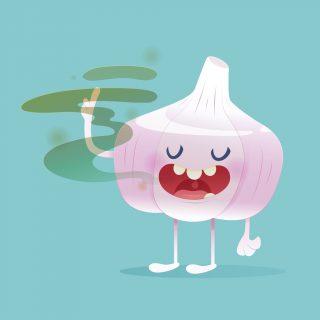 Come togliere il sapore di aglio dalla bocca, anche se lo adori