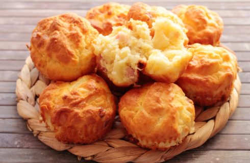 Muffin cipolla e pancetta: tortine salate