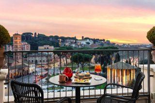 Roma, i migliori locali per un aperitivo all'aperto