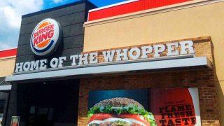 Burger King Italia vaccinerà tutti i suoi dipendenti e i piccoli ristoratori