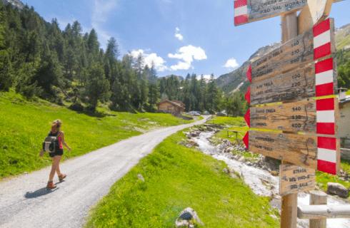 10 percorsi di trekking e 10 panini da gustare in cammino
