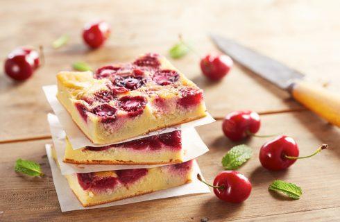 Uno tira l'altro: 10 dolci da fare adesso con le ciliegie